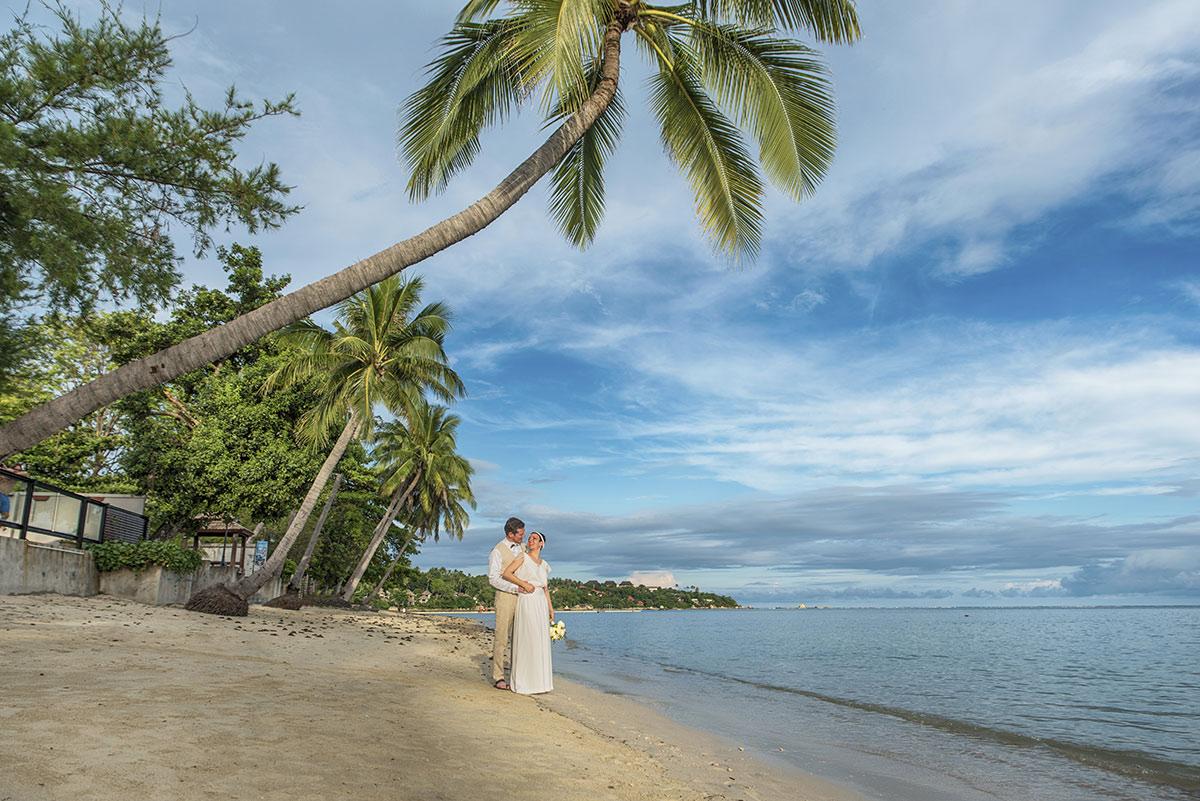 Organisation-Mariage-marier-maries-mariee-ceremonie-Thailande-Plage-ile-Koh-Samui-Island-thai-evenementiel-evenements-demande-fiancailles-EVJF-EVG-noces-voyages-Wedding-ceremony-Planner-Thailand-Beach-Events-event-request-bachelor-bachelorette-groom-bride-bridal-dress-family-famille-love-amour-4