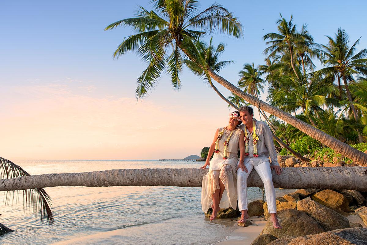 Organisation-Mariage-marier-maries-mariee-ceremonie-Thailande-Plage-ile-Koh-Samui-Island-thai-evenementiel-evenements-demande-fiancailles-EVJF-EVG-noces-voyages-Wedding-ceremony-Planner-Thailand-Beach-Events-event-request-bachelor-bachelorette-groom-bride-bridal-dress-family-famille-love-amour-108