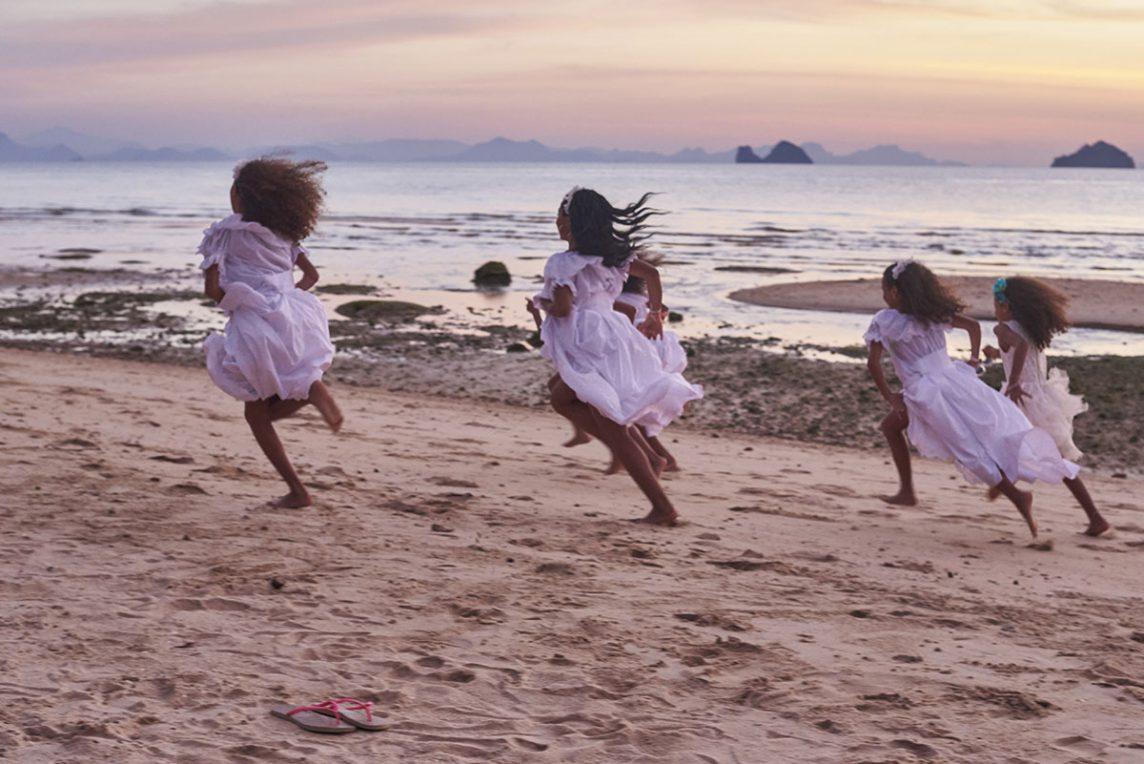 Organisation-Mariage-marier-maries-mariee-ceremonie-Thailande-Plage-ile-Koh-Samui-Island-thai-evenementiel-evenements-demande-fiancailles-EVJF-EVG-noces-voyages-Wedding-ceremony-Planner-Thailand-Beach-Events-event-request-bachelor-bachelorette-groom-bride-bridal-dress-family-famille-25