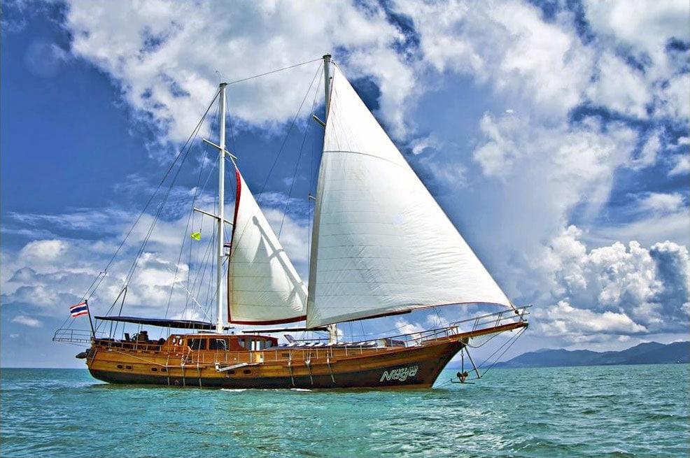 Oui-Au-Paradis-Organisation-Mariage-Thaïlande-Plage-ile-Koh-Samui-Island-Wedding-Planner-Thailand-Beach-event-yacht-charter-luxury-catamaran-46